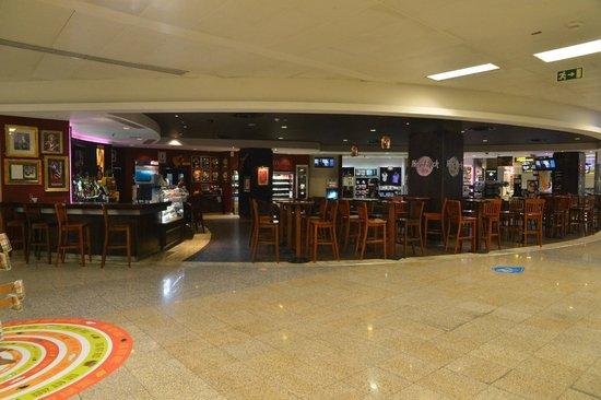 Hard Rock Cafe Malta Airport