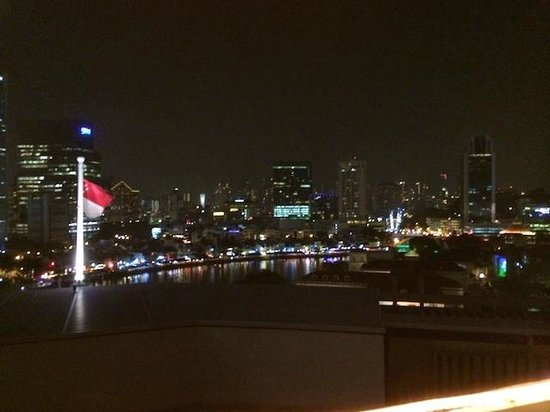 The Fullerton Hotel Singapore: View from the Lighthouse bar