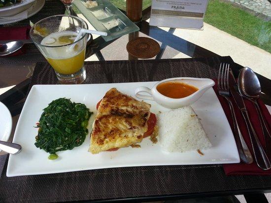 Prana Spa: delicious (& healthy) meal & cocktail