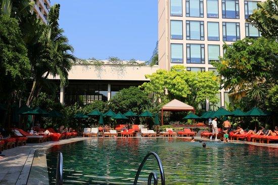 Mandarin Oriental, Bangkok : the main pool