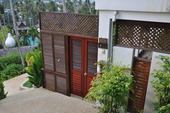 Ayara Hilltops Resort and Spa Surin Beach : Eingang zur Suite