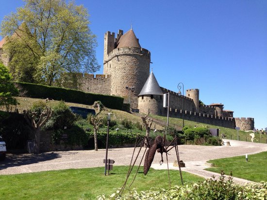 Hotel Montmorency : So close to the castle - a great location!