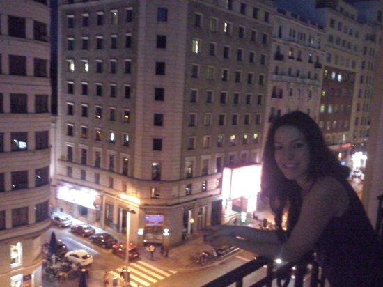 Vitium Urban Suites : vistas desde la habitacion, de Plaza España a Callao, los musicales...