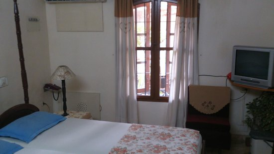 Sonnetta Residency: Double room ground floor