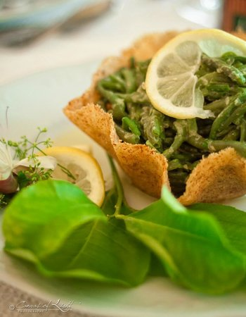 Masseria Il Frantoio: Fagiolini in fricassea in cesto di pecorino