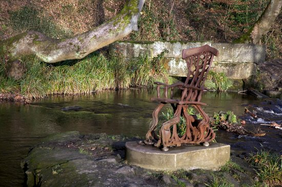 Rivelin Valley Nature Trail: Chair in river