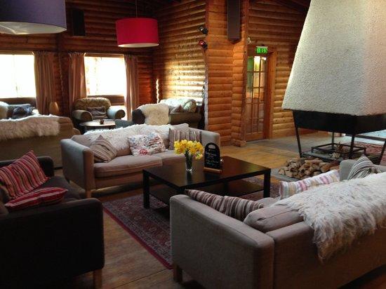 Nae Limits Adventure: Nae Limits Log Cabin Lounge