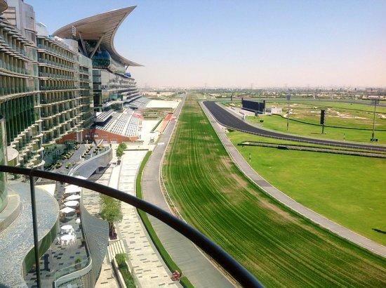 The Meydan Hotel : Вид из номера