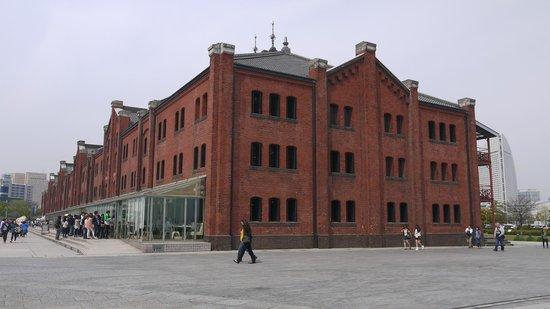 Yokohama Red Brick Warehouse : 一号館海側