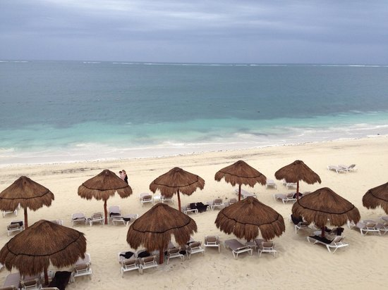 Now Sapphire Riviera Cancun: Beach from Room
