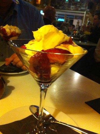 Mimosa Cardiff: Strawberry dessert
