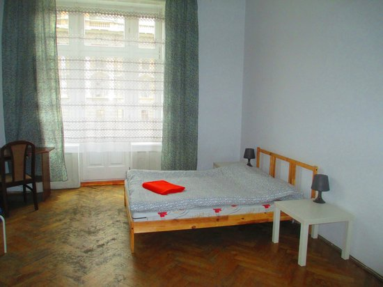Roller Hostel : The beautiful room