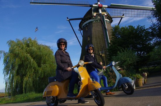 Holland Vespa Tours