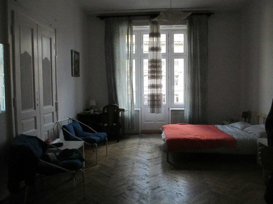 Roller Hostel : The room was very warm and cozy!