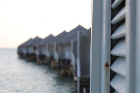 Cinnamon Dhonveli Maldives: Over water bungalows
