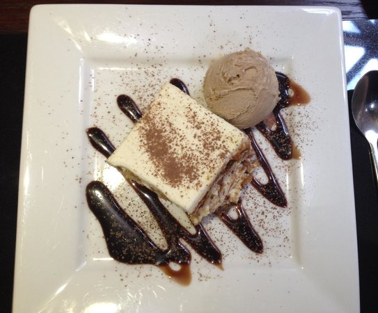 Galleria Italiana: Tiramisu with cappuccino ice cream and a rich chocolate sauce
