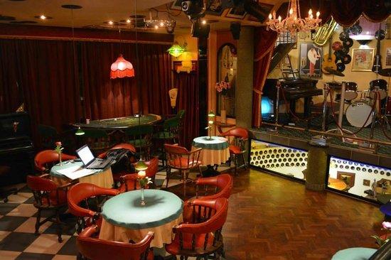 "Villa Simonne : The ""Grande Nightclub"""