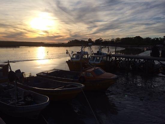 Puerto de San Clemente del Tuyu: Atardecer en el puerto