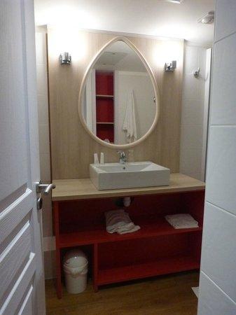 Pierre & Vacances Premium Residence Haguna: le coin lavabo