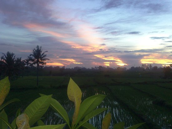 The Zala Villa Bali: the amazing sunset view from the bathroom