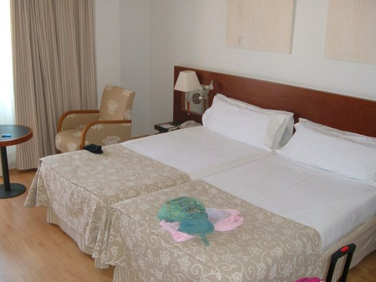 Hotel Palma Bellver By Melia : Our nice clean room