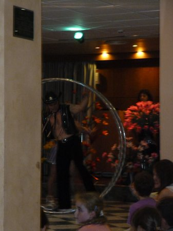 Hotel RH Princesa & Spa : show entertainment in hotel