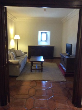 Parador de Siguenza : Saloncito suite