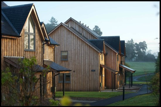 Mains of Taymouth Cottages: The 5 Star Maxwells Villas