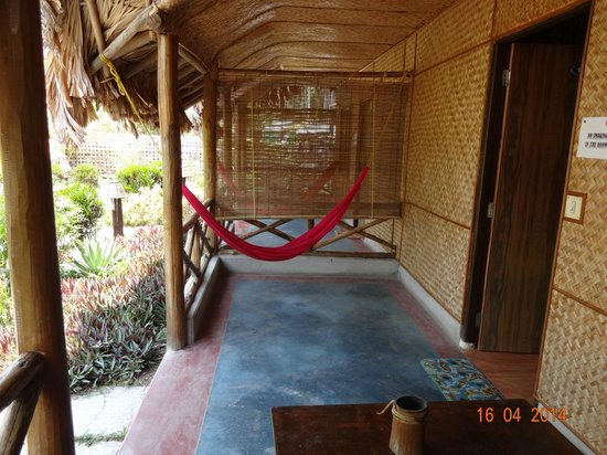 Blue Bird Resort: Hammock outside our room. The hammocks are there with every rooms.