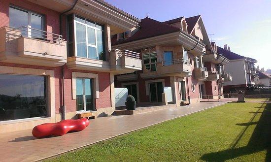 Maritimo Ris Hotel & Apartamentos: Vista Hotel