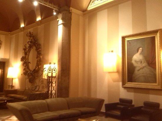 Grand Hotel Cavour: Vestíbulo