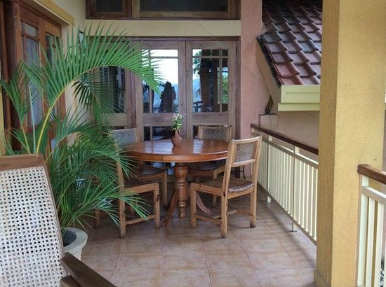 Villa Rosa: The balcony