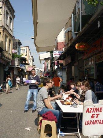 Karslıoglu Hostel: alrededores