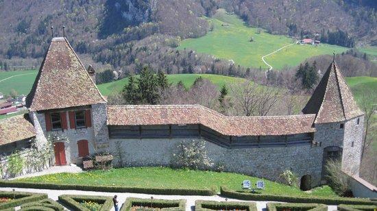Château de Gruyères : La muralla desde el interior