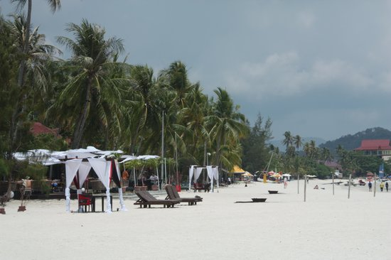 Meritus Pelangi Beach Resort & Spa, Langkawi: The Beach (form the hotel)