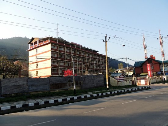Hotel Shah Abbas: Front View