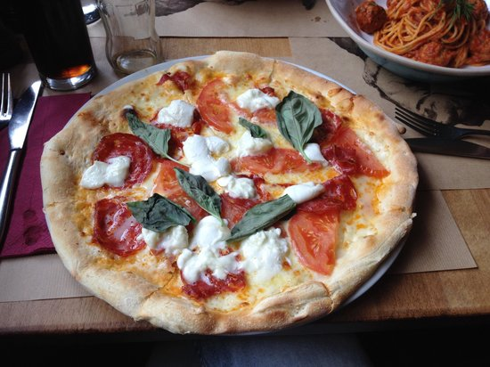 Osteria Pulcinella: Beautiful Pizza
