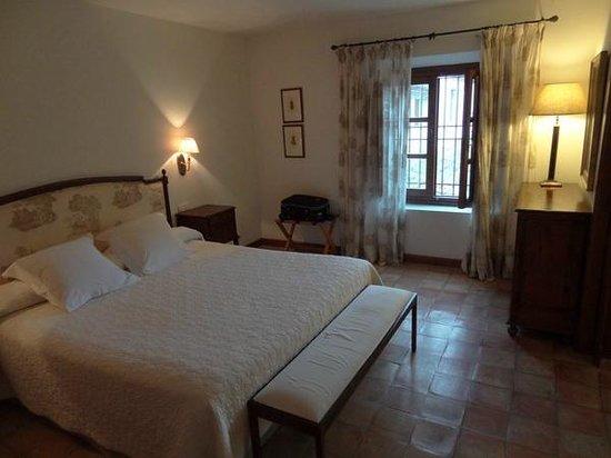 Hotel Puerta de la Luna: Dormitorio