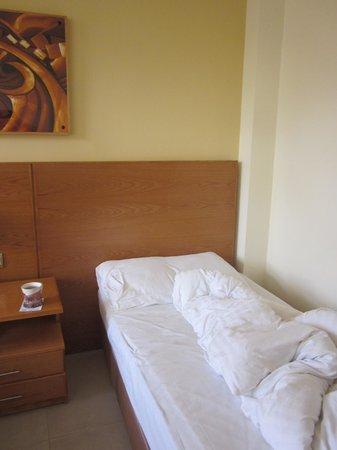 Aqaba Gulf Hotel: Room