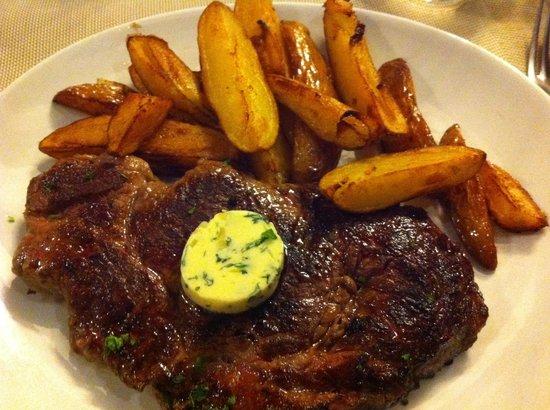 Restaurant Le Bacchus: Entrecote frites