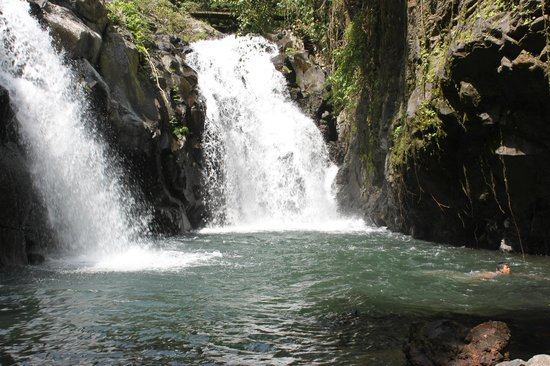 7 Air Terjun Sambangan: twin waterfall