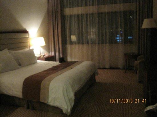 Paradise Hotel Shanghai: Hotel room