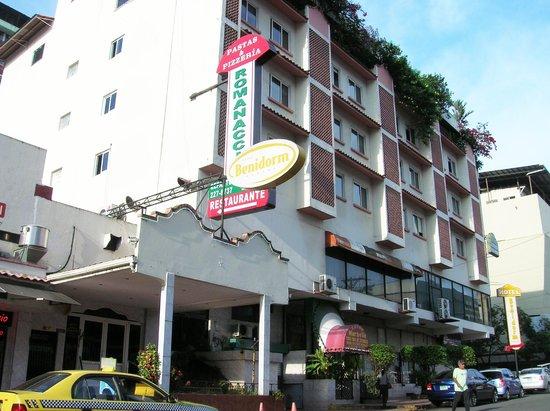 Hotel Benidorm: Fachada