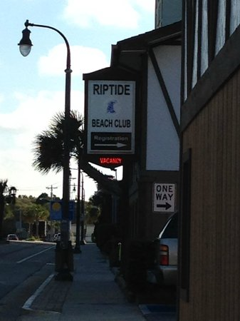 Riptide Beach Club: The entrance of the resort.