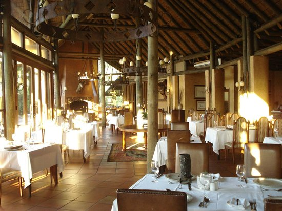 Botlierskop Private Game Reserve: Game Lodge - Dining Room