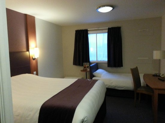 Premier Inn London Docklands (Excel) Hotel: Family room, 2 adults 2 children