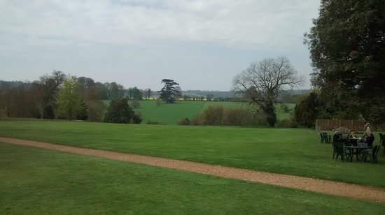 Highclere Castle : Countryside outside of Highclere