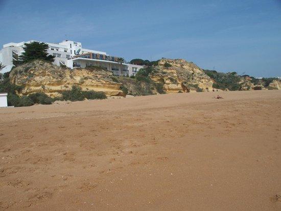 Hotel Alisios : Hotel from the beach