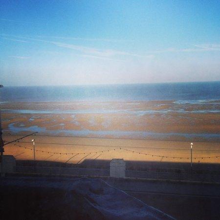 The Strand Hotel : Sea View