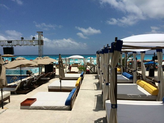 Aloft Cancun Mandalay Beach Club Free For